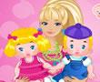 Barbie İkizlere Bakıyor