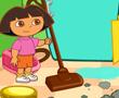 Dora Odasını Temizliyor